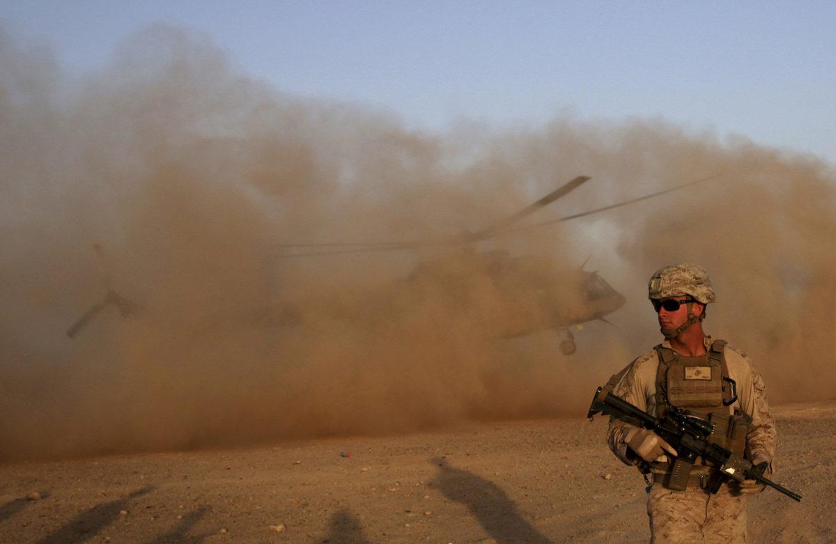 Yhdyvaltain merijalkaväen sotilas Afganistanin Shorabissa 27. elokuuta 2017.
