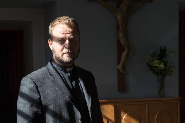 Teemu Laajasalon yhtiön sotkut ovat puhuttaneet kirkon luottamushenkilöitä.