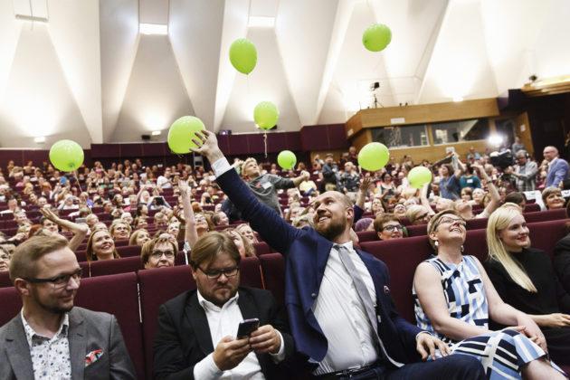 Vihreiden puoluekokous valitsi Touko Aallon puheenjohtajaksi Tampereella 17. kesäkuuta 2017.