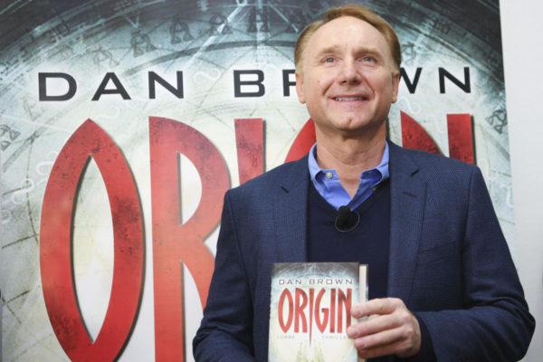 Kirjailija Dan Brown Frankfurtin kirjamessuilla Saksassa 12. lokakuuta 2017.