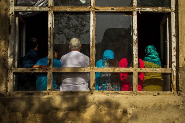 Suomesta huhtikuussa pakkopalautettu kuusihenkinen perhe piileskelee nyt Kabulissa.