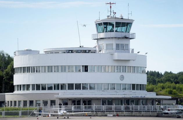 Malmin lentoasemarakennus heinäkuussa 2016.
