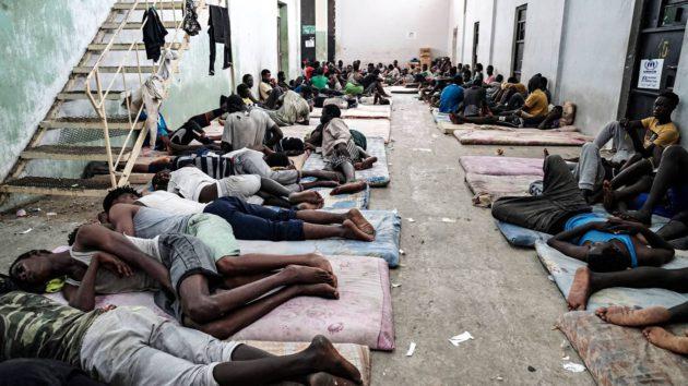 Zawiyahin kaupungin pidätyskeskus Libyassa kesäkuussa 2017.