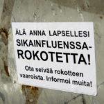 Lapsille annettavia sikainfluenssarokotuksia vastustettiin Helsingissä vuonna 2009.
