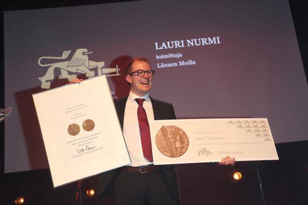 Lännen median politiikan toimittaja Lauri Nurmi voitti Suomen Kuvalehden journalistipalkinnon.