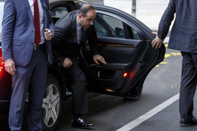 Syyrian oppositiota edustava Nasr al-Hariri saapui rauhanneuvotteluihin Geneveen tiistaina 28. marraskuuta 2018.