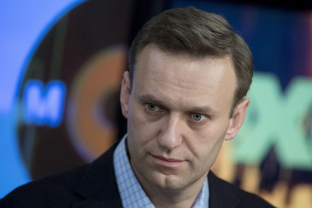 Aleksei Navalnyi radio Eho Moskvyn haastattelussa Moskovassa 27. jolukuuta 2017.