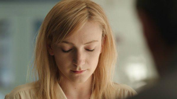 Alexandra Borbély palkittiin Kosketuksissa-elokuvasta.