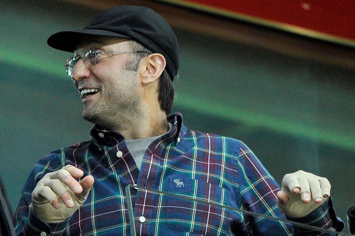 Venäläinen liikemies ja poliitikkos Suleiman Kerimov seurasi jalkapallo-ottelua Moskovassa 22. marraskuuta 2012.