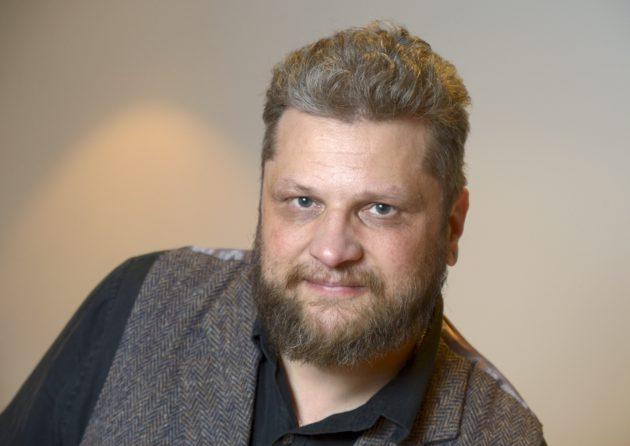 Kirkko ja kaupunki -lehden päätoimittaja Jaakko Heinimäki.