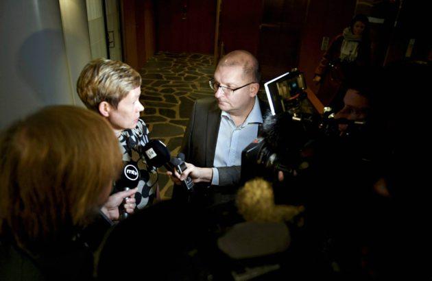 Teknologiateollisuuden Eeva-Liisa Inkeroinen ja Teollisuusliiton Riku Aalto kertoivat 30.10. palkkakierroksen päänavauksesta.