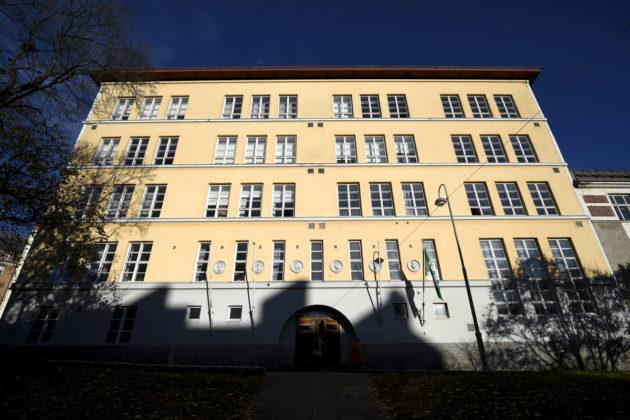 Kallion lukio Helsingissä.