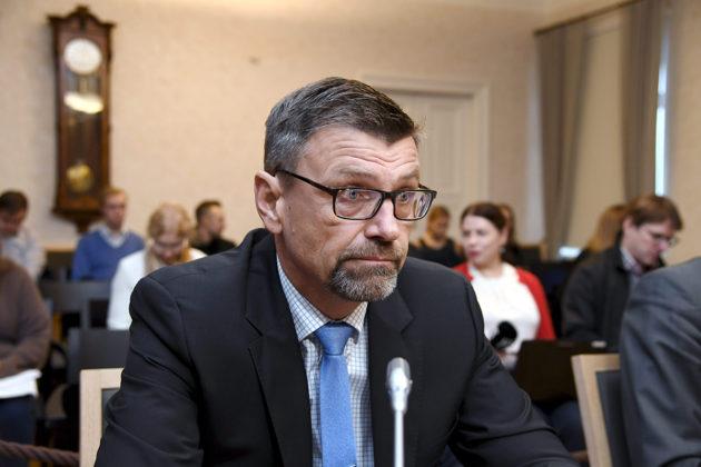 Valtakunnansyyttäjä Matti Nissinen virkarikossyytteidensä käsittelyssä korkeimmassa oikeudessa (KKO) Helsingissä 15. marraskuuta 2017.