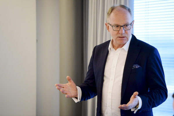 Finnairin toimitusjohtaja Pekka Vauramo yhtiön tilinpäätöstiedotustilaisuudessa Vantaalla 16. helmikuuta 2018.