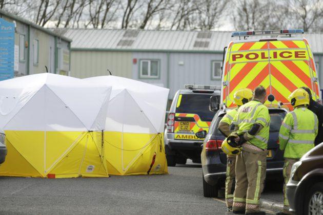 Pelastushenkilökuntaa Salisburyn kaupungissa Etelä-Englannissa, jossa Sergei Skripalin myrkytys tapahtui.