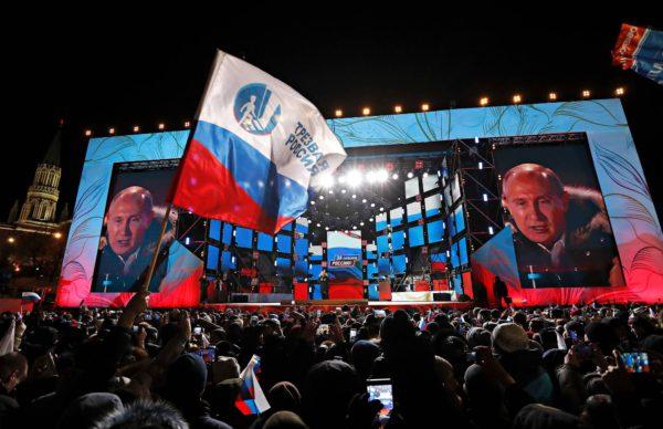 Presidentti Vladimir Putin puhui Moskovassa vaalituloksen selvittyä 18. maaliskuuta.