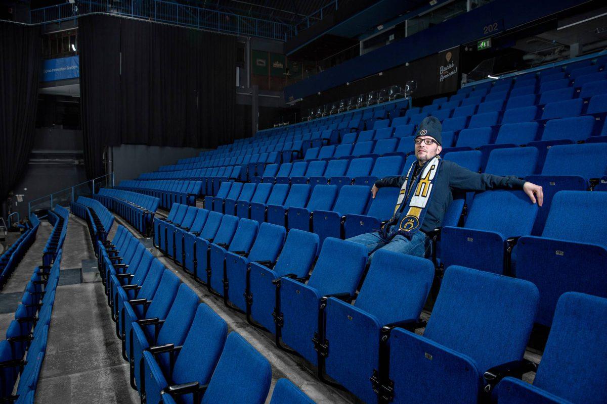 Sami Viitanen suree Espoo Bluesin loppua. Häneltä on mennyt maku koko espoolaiskiekkoon.