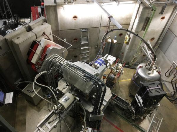 Tutkimuksessa käytetty muon spin -spektrometri Paul Scherrer Institute -laitoksessa Sveitsissä.