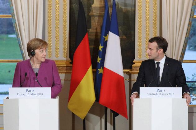 Saksan liittokansleri Angela Mercel ja Ranskan presidentti Emmanuel Macron tapasivat Pariisissa 16. maaliskuuta 2018.