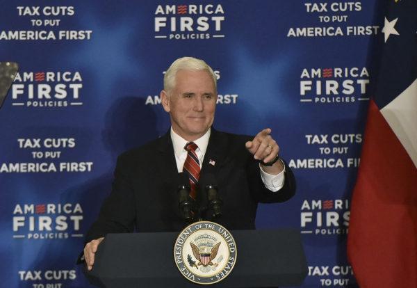 Yhdysvaltain varapresidentti Mike Pence puhui America First -politiikkaan keskittyneessä tapahtumassa 23. maaliskuuta 2018.