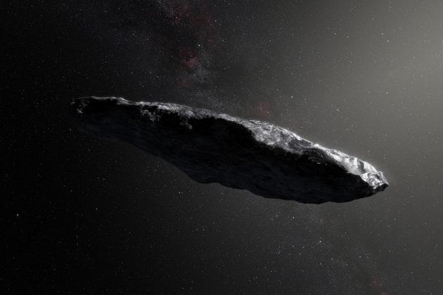 Taiteilijan näkemys tähtienvälisestä asteroidista 'Oumuamua, joka ohitti Maan loppuvuodesta 2017.