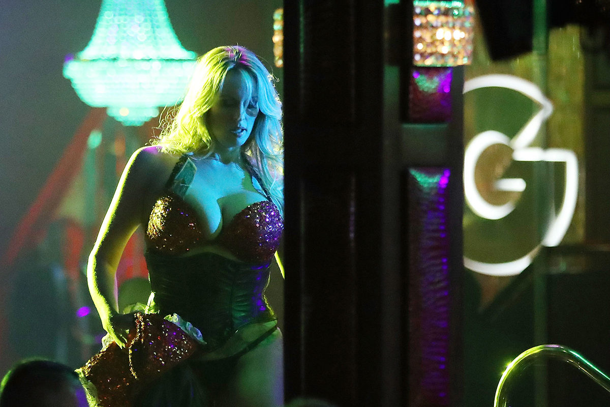 Stormy Daniels esiintyi strippiklubilla Floridassa 9. maaliskuuta 2018.