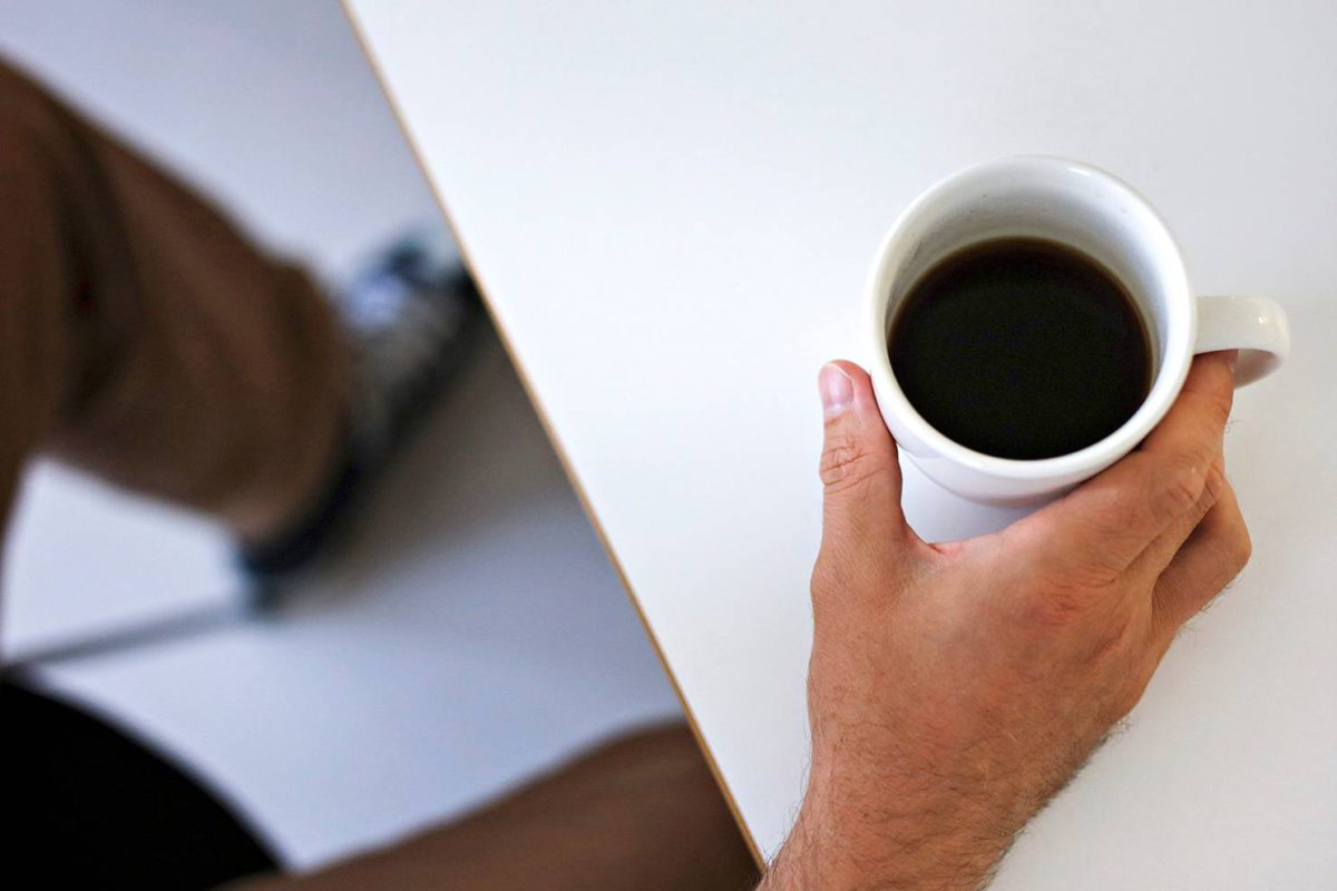 Kuppi kahvia sisältää noin 95 milligrammaa kofeiinia.