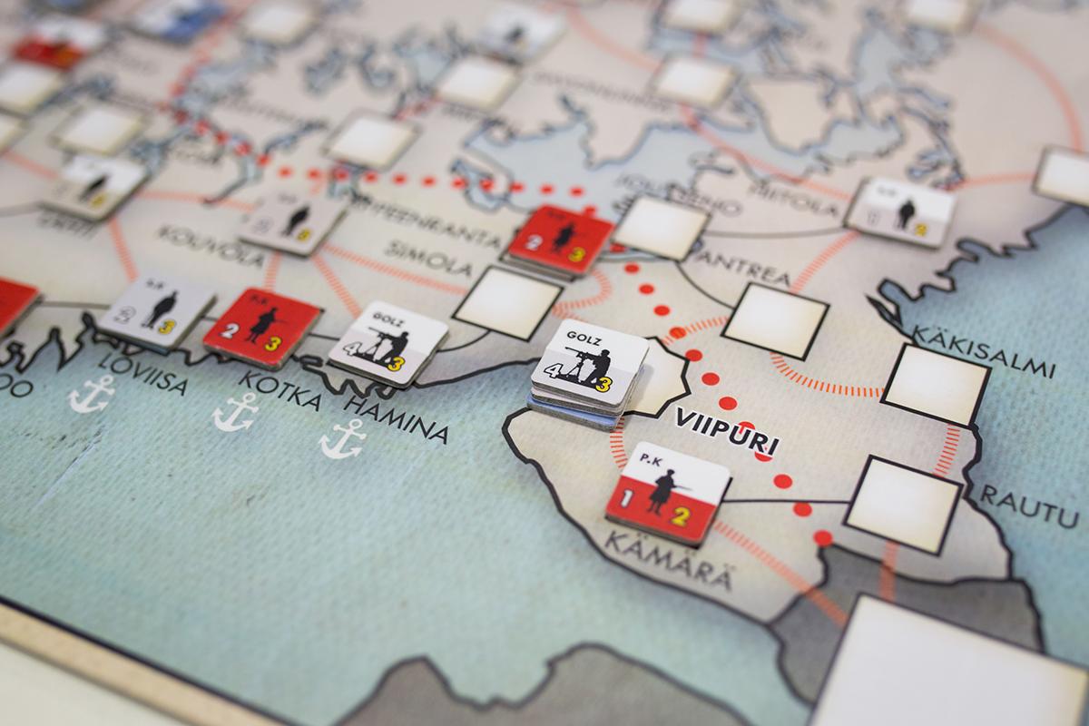 Brother Against Brother -pelissä Majuri Golzin joukot ovat juuri vallanneet Viipurin punaisilta ja peli päättyy.