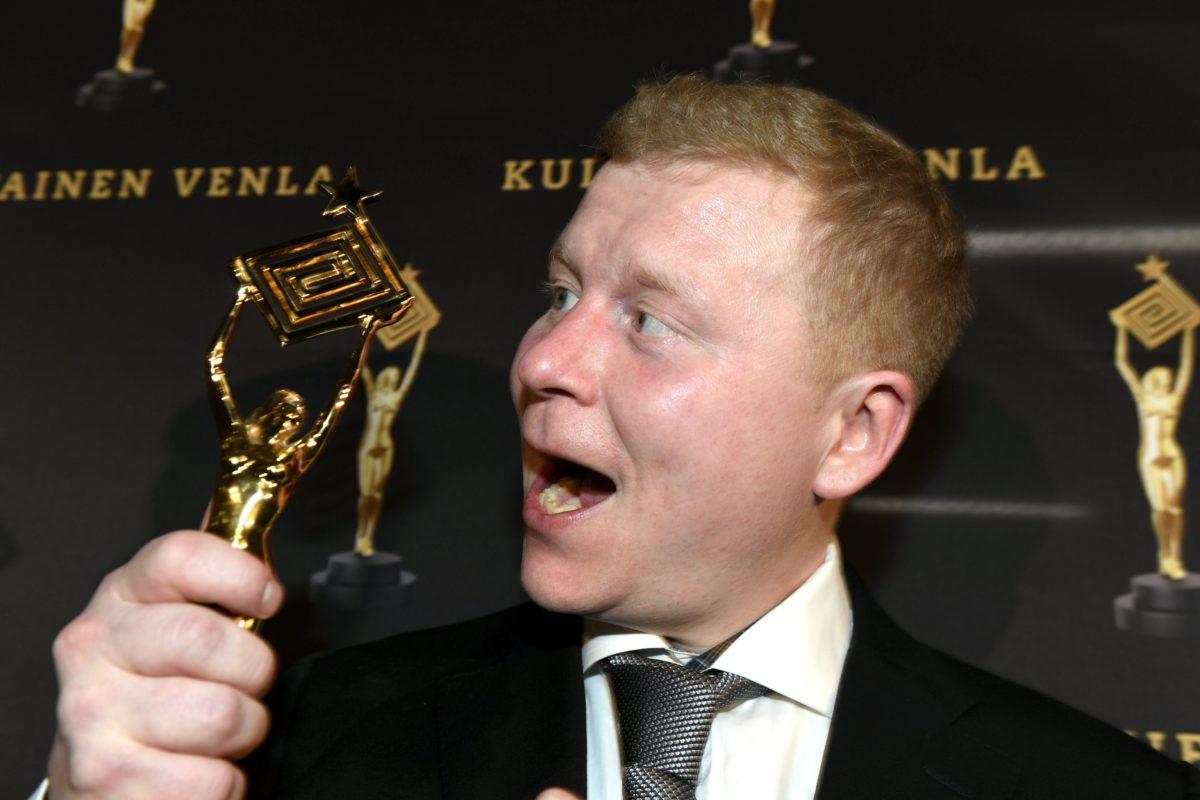Kauppias Sampo Kaulanen voitti yleisöäänestyksen parhaan esiintyjän palkinnon Kultainen Venla -gaalassa 12. tammikuuta 2018.