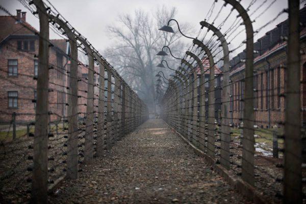 Natsien perustama Auschwitzin keskitys- ja tuhoamisleiri Etelä-Puolassa.