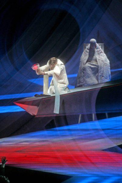 Parsifalin tarina keskittyy Graalin maljaan.
