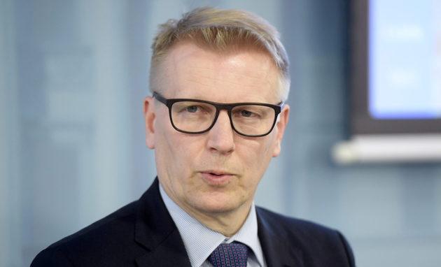 Asunto-, energia- ja ympäristöministeri Kimmo Tiilikainen (kesk) torstaina 3. toukokuuta 2018.