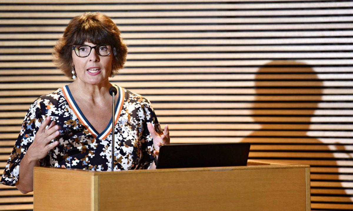 Liikenne- ja viestintäministeri Anne Berner (kesk) arvioi liikenteen norminpurkua toukokuussa 2018.