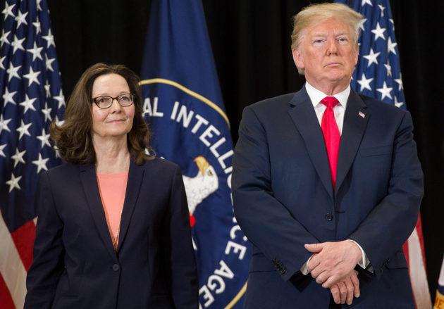 CIA:n johtaja Gina Haspel ja Yhdysvaltain presidentti Donald Trump CIA:n päämajassa 21. toukokuuta 2018.