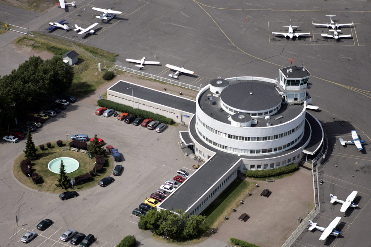 Malmin lentokenttä Helsingissä.