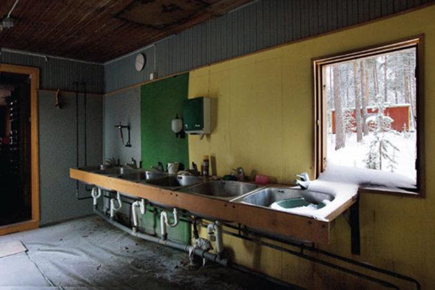 Soklin fosforiesiintymää on tutkittu vuosikymmeniä. Vanha parakkikylä Savukosken kairassa talvella 2012.