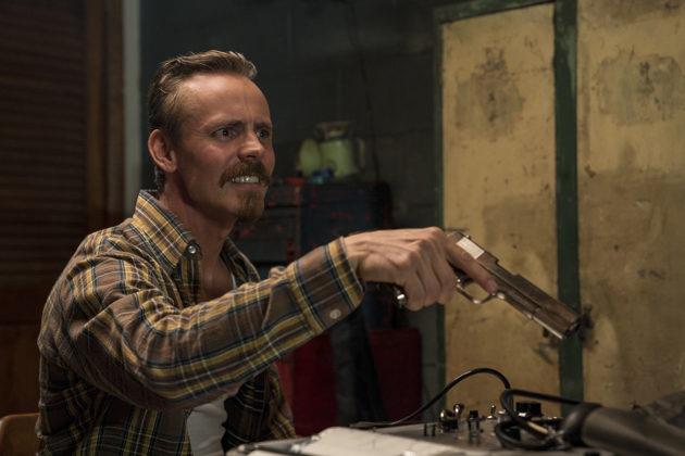 Jasper Pääkkönen esittää BlacKkKlansmanissa Ku Klux Klanin paikallisosaston kuumapäätä Felixiä.