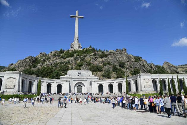 Francisco Francon hautamuistomerkki Kaatuneiden laaksossa Espanjassa 15. heinäkuuta