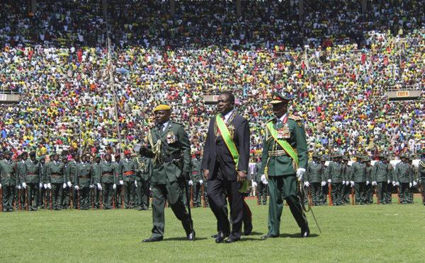 Zimbabwen presidentti Emmerson Mnangagwa virkaanastujaisseremoniassaan 26. elokuuta 2018.