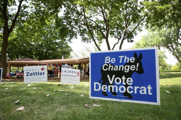 Demokraattipuolueen vaalijuliste Illinois'n Genevassa heinäkuussa 2018.