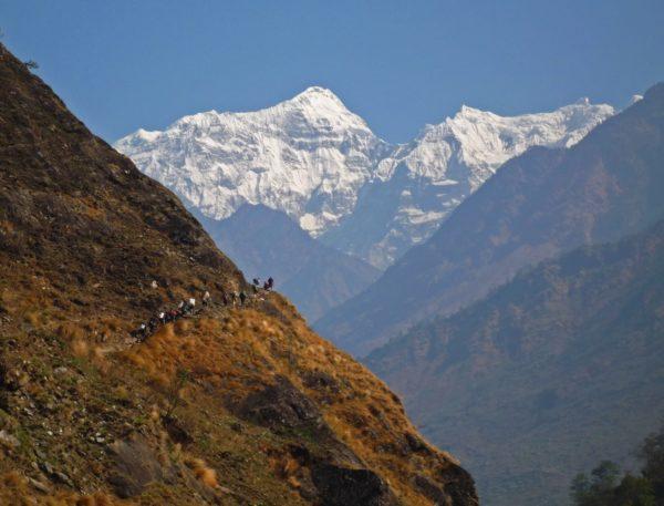 Nepalissa sijaitsevat maailman korkeimmat vuoret.