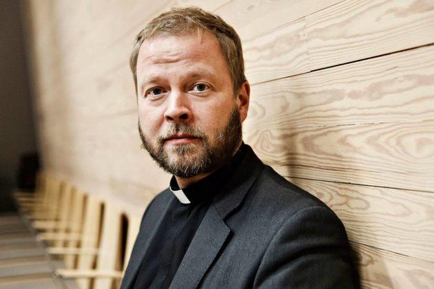 Helsingin hiippakunnan piispa Teemu Laajasalo.