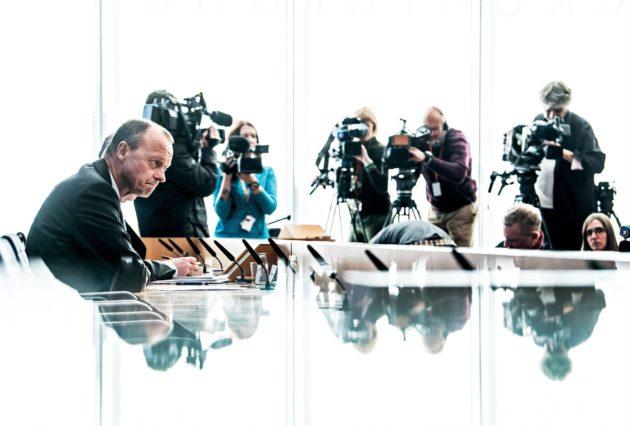 CDU:n johtoon pyrkivä Friedrich Merz piti lehdistötilaisuuden Berliinissä 31.10.
