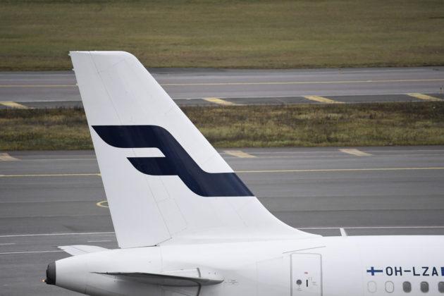 Finnairin matkustajakone Helsinki-Vantaan lentokentällä 15. marraskuuta 2018.