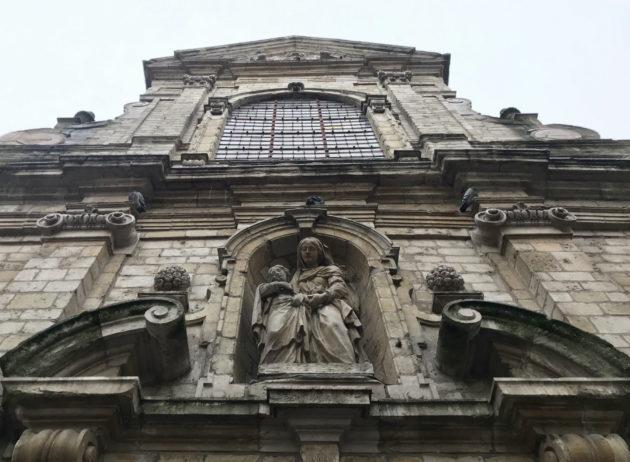Chapelle de la Madeleine -kirkon Brysselin ydinkeskustassa on pelastanut vain sen sijainti. Toistasataa muuta kirkkoa on jäänyt tai jäämässä tyhjilleen tai muuhun käyttöön.