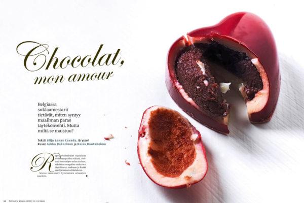 Suklaan mausta voi löytää jopa viisisataa aromia. Ei ihme, että kaakaoherkku saattaa koukuttaa. Suklaajuttu Suomen Kuvalehden numerossa 51–52/2009.