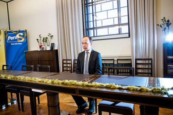 Eduskuntavaalit ja puoluekokous ratkaisevat Jussi Halla-ahon jatkon perussuomalaisten johdossa.