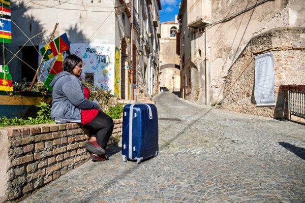Kamerunilainen Rosine Petipa on lähdössä Riacesta mutta ei vielä tiedä minne.