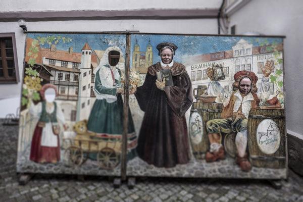 Saksan Wittenbergissä voi palata keskiajalle ja heittäytyä itsekin Lutheriksi.