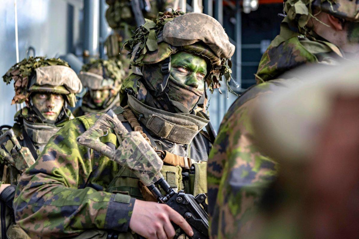 Suomalaisia rannikkojääkäreitä Naton Trident Juncture -harjoituksessa lokakuussa.